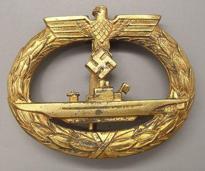 Submarine War Badge, by B. H. Mayer (in zinc) Obverse