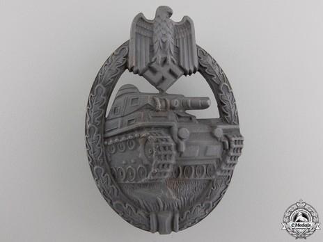 Panzer Assault Badge, in Bronze, by K. Wurster (in zinc) Obverse
