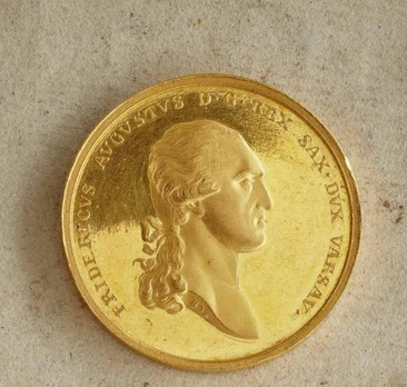 """Medal for Art and Science """"BENE MERENTIBVS"""", Type I, in Small Gold"""