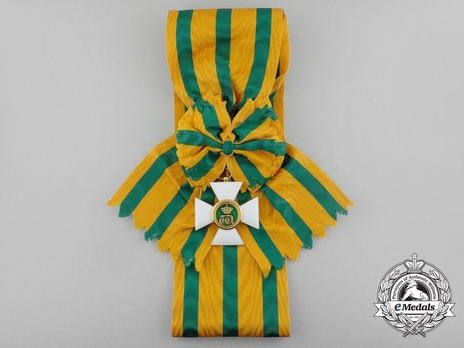 Order of the Oak Crown, Grand Cross (in Gold)