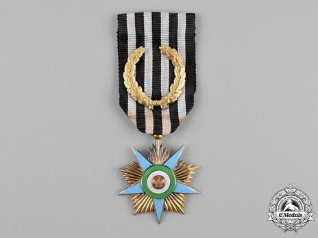 Order of Glory (Nishan-i-Iftikhar), Gold Star Obverse