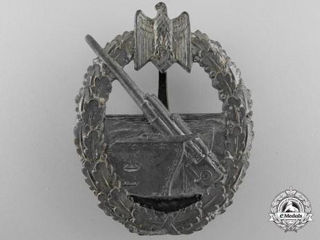 Coastal Artillery War Badge, by C. E. Juncker (in zinc) Obverse