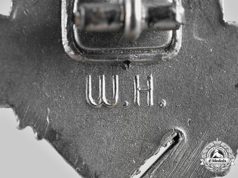Infantry Assault Badge, by W. Hobacher Detail