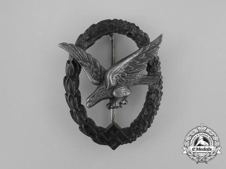 Air Gunner & Flight Engineer Badge, by W. Deumer (in zinc) Obverse