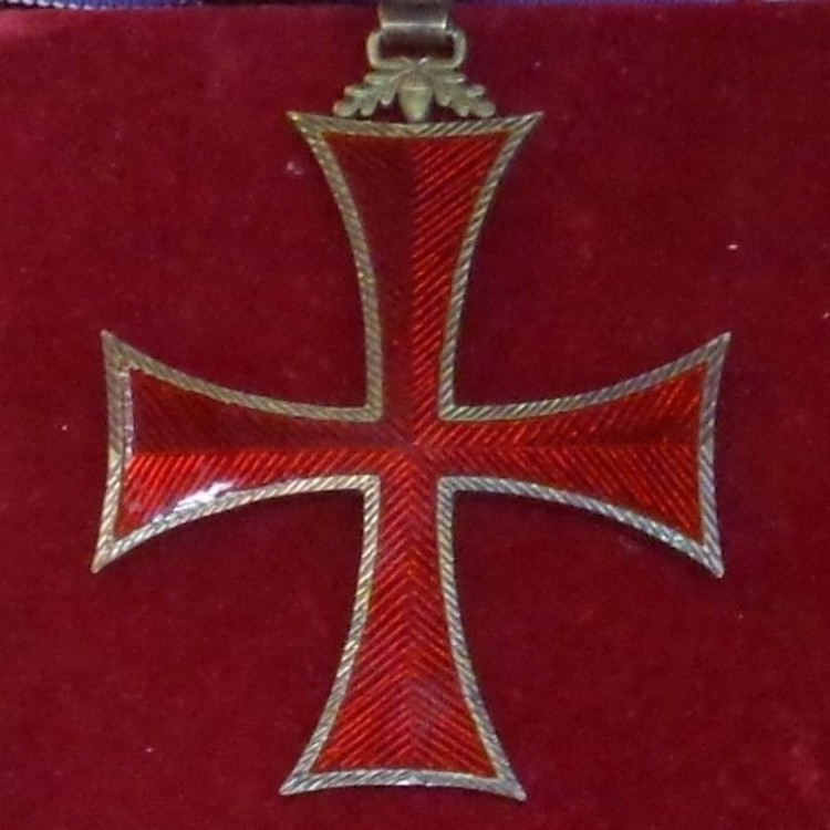 Order of prince henry grand officer insignias %28portugal%29   tallinn museum of orders01