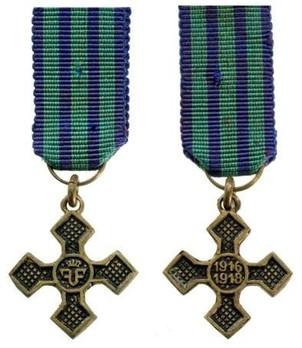 Miniature Bronze Cross (1916-1918) Obverse and Reverse