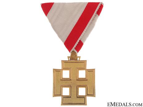 Gold Merit Cross (by Anton Reitterer) Obverse