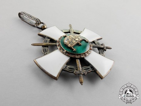 Order of the Holy Crown, Grand Officer, Military Division (with War Decoration) Obverse