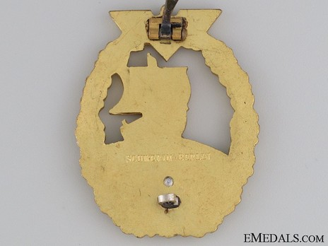 Naval Auxiliary Cruiser War Badge, by C. Schwerin (in tombac) Reverse