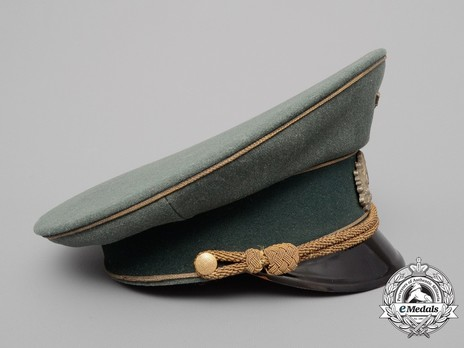 German Army General's Pre-1943 Visor Cap (with metal insignia) Right Side
