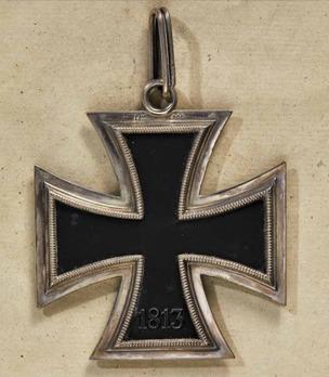 Grand Cross of the Iron Cross (by Juncker, L/12 800) Reverse