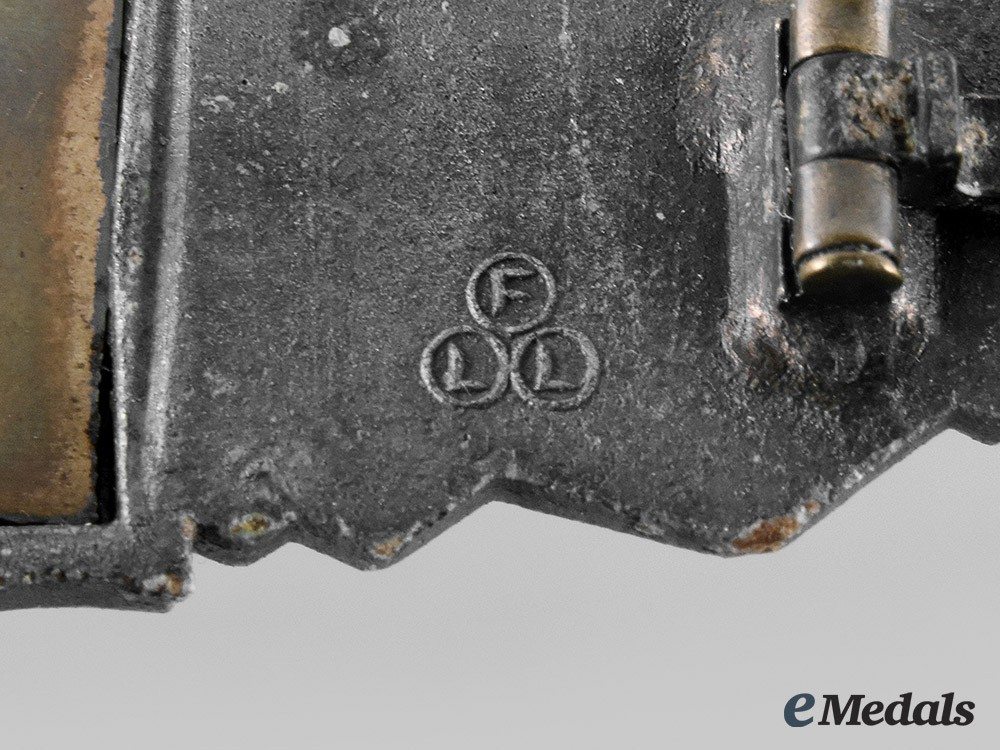 Friedrich+linden%2c+g45668+close+combat+clasp