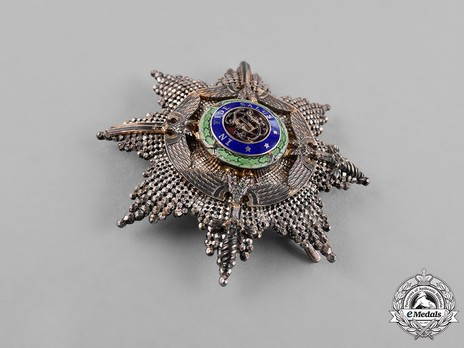 The Order of the Star of Romania, Type II, Military Division, Grand Officer's Breast Star Obverse