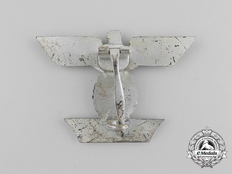 Clasp to the Iron Cross I Class, Type I, by Boerger (pinback) Reverse
