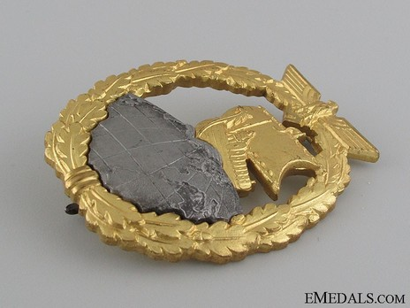Naval Auxiliary Cruiser War Badge, by C. Schwerin (in tombac) Obverse