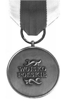 Medal of Merit for National Defence, III Class Reverse