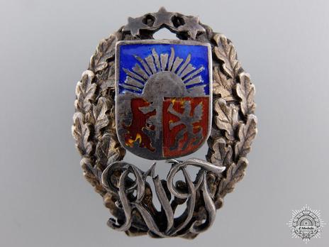 Interwar RVT Regimental Badge (by R. Tavast Tallminn) Obverse