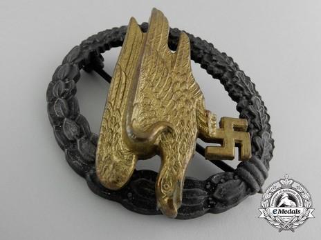 Luftwaffe Paratrooper Badge, by Berg & Nolte (in brass & zinc) Obverse
