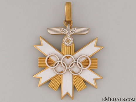 German Olympic Games Decoration, I Class  Obverse