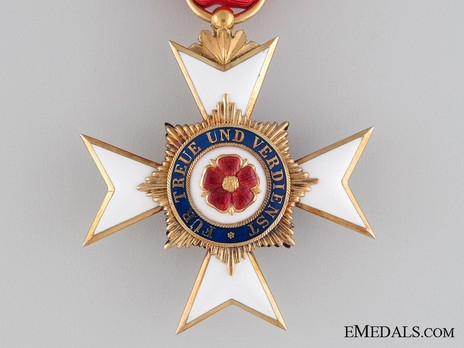 III Class Cross (in silver gilt) Obverse