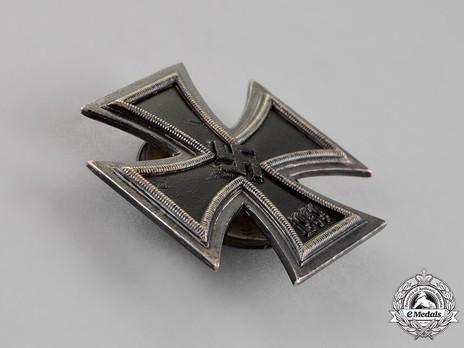 Iron Cross I Class, by Wächtler & Lange (L 55, screwback) Obverse