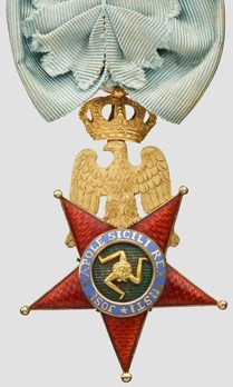 Royal Order of the Two Sicilies, Type I, Knight (with crown) Obverse