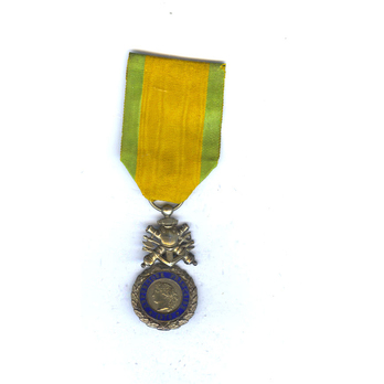 Military Medal, Silver Medal (with biface trophy suspension)