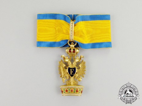 Order of the Iron Crown, Type III, Civil Division, II Class (in Gold) Obverse