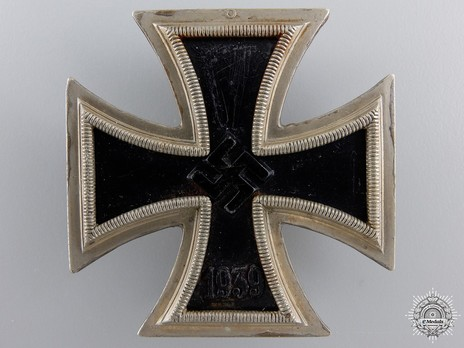 Iron Cross I Class, by Steinhauer & Lück (unmarked, magnetic) Obverse