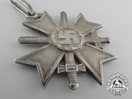 Knight's Cross of the War Merit Cross with Swords, by Deschler (unmarked) Obverse