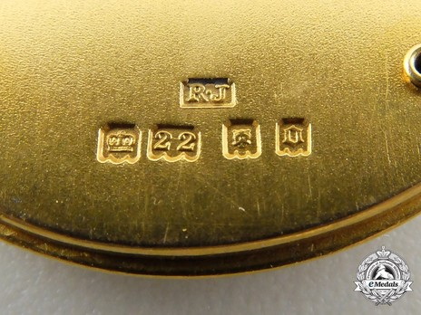 Gold Medal (for Baronets of the United Kingdom, 1929-) (Gold) Reverse Detail
