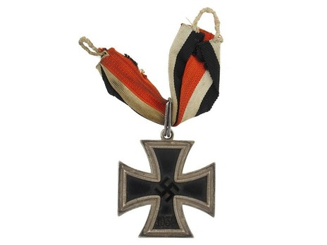 Knight's Cross of the Iron Cross, by C. E. Juncker (800 L/12) Obverse