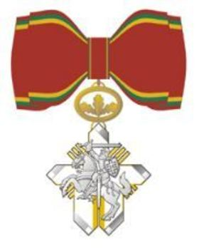 Order for Merits to Lithuania, Commander's Cross (for Women, for Humanitarian Aid) Obverse