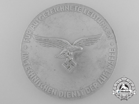 Medal for Outstanding Technical Achievements (in silvered zinc) Reverse