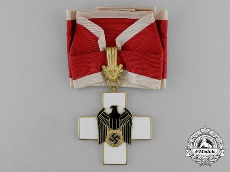 German Social Welfare Decoration, I Class Cross Obverse