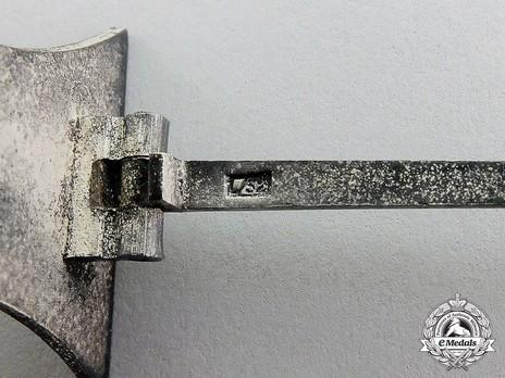 Iron Cross I Class, by C. F. Zimmermann (L/52) Detail
