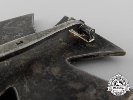 Iron Cross I Class, by Deschler (1) Reverse Detail