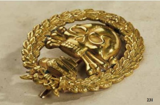 Legion Condor Tank Badge, in Gold Obverse