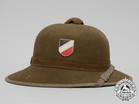 German Army Pith Helmet (2nd version) Right Side