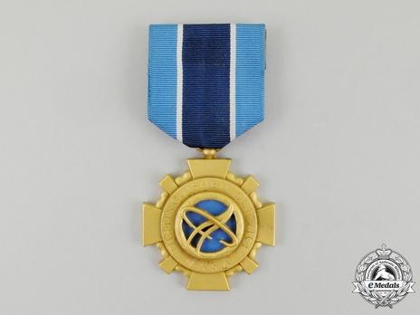 NASA Distinguished Service Medal (1964-) Obverse