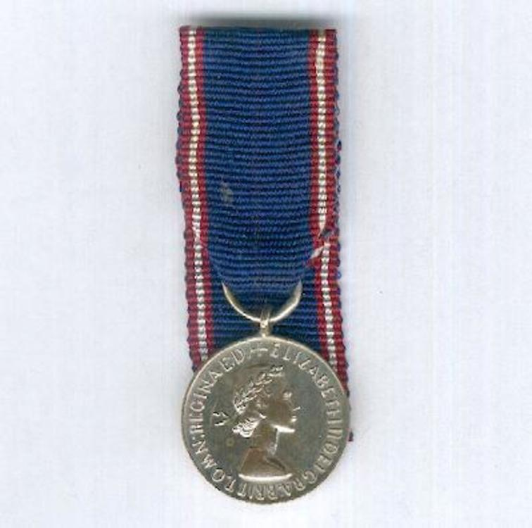 Miniature silver medal 1952 obverse 1
