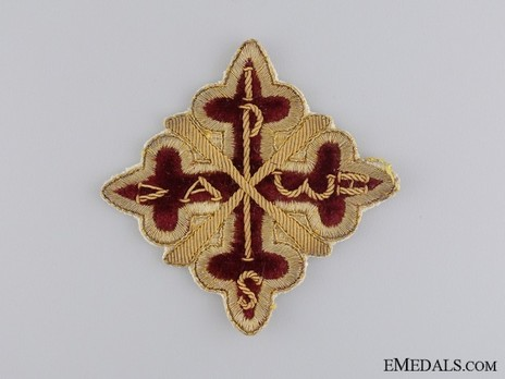 Knight Commander Breast Star (with embroidery) Obverse
