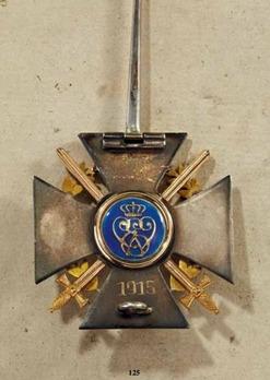 Wilhelm Ernst War Cross (pin cross, in gold)