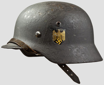 Kriegsmarine Steel Helmet M35 (Double Decal version) Left Side