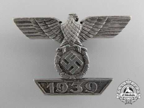 Clasp to the Iron Cross I Class, Type II, by W. Deumer (unmarked) Obverse