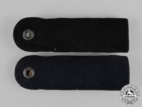 Kriegsmarine Line Officer Korvettenkapitän Shoulder Boards Reverse