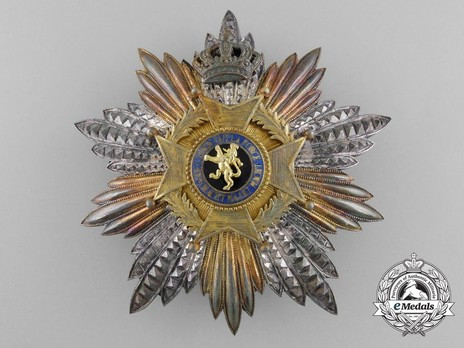 Grand Cross Breast Star (1915-1951) (by P. De Greefs) Obverse