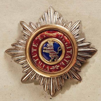 House Order of the Golden Lion, Type II, Grand Cross Breast Star