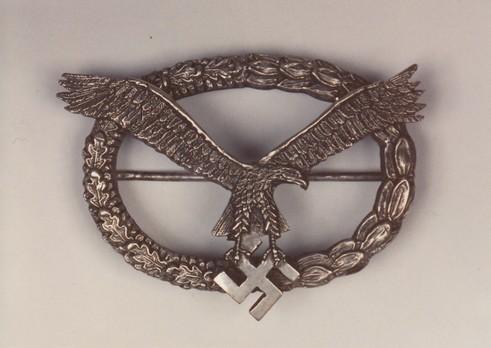 Combined PilotObserver Badge (1st Model) Obverse