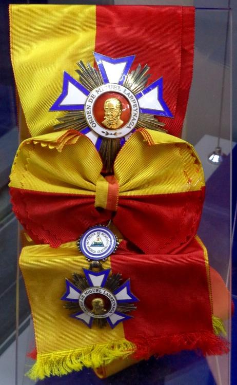 Order of miguel larreynaga grand cross insignias %28nicaragua%29   tallinn museum of orders